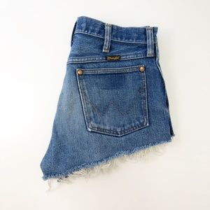 Vintage Wrangler Cut Off Fray Hem Denim Shorts USA